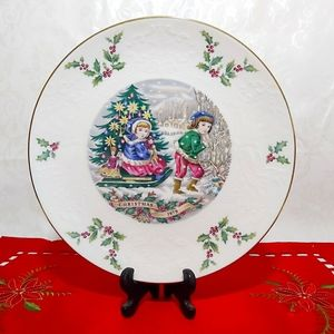 ClearOut Item Vintage Royal Doulton Collector Christmas Plate